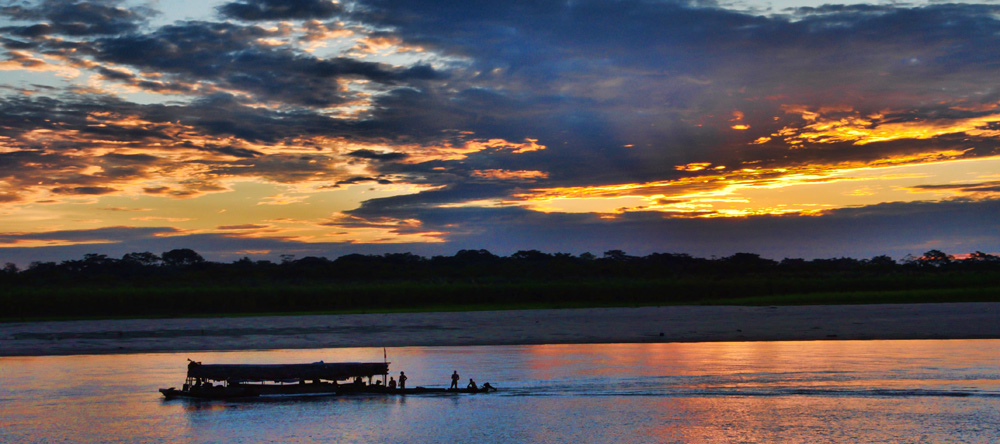 Excursion en pirogue en Amazonie